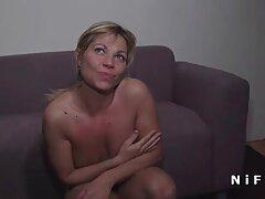 یک زن بالغ از سبک سگ کوچولو در رختخواب دشمنی می عکس متحرک سکسی یاهو کند و یک خروس سیاه را از پشت خود می گیرد