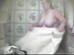 دو دختر جوان سکس متحر جلوی یک وب کم زن برهنه هستند
